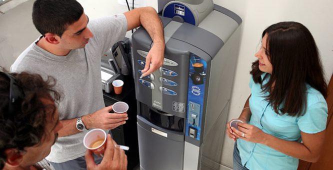 Lo studio informa: concessione di servizi di distribuzione bevande calde e fredde