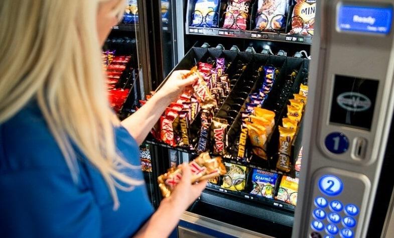 gestione distributori bevande calde, fredde, alimenti preconfezionati